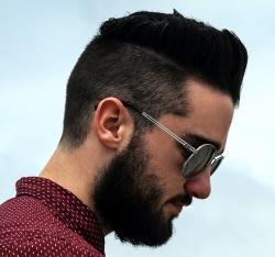 Männer Frisuren Undercut klassisch