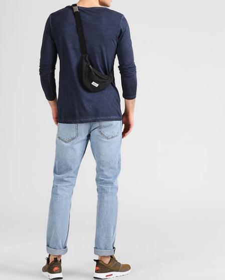 Bauchtasche Rücken